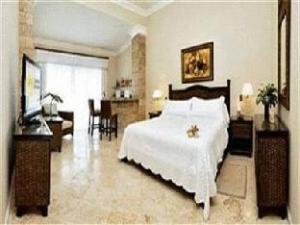 Lifestyle Crown Residence Suites