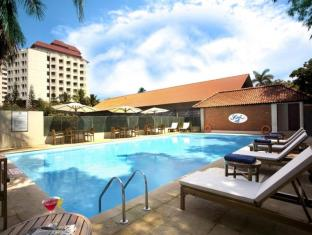 /the-gateway-hotel-marine-drive-ernakulam/hotel/kochi-in.html?asq=jGXBHFvRg5Z51Emf%2fbXG4w%3d%3d