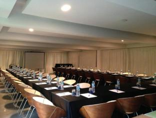 B-Lay Tong Phuket Phuket - Meeting Room