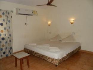 Hotel Lua Nova North Goa - Guest Room