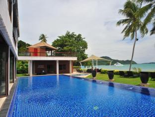 Cloud19 Beach Retreat Hotel Phuket - Swimming Pool