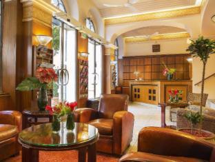 Raspail Montparnasse Hotel