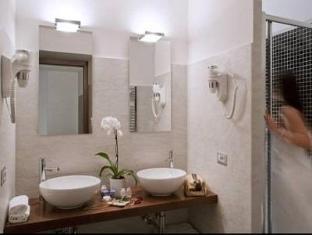 Residenza Borghese Rome - Bathroom