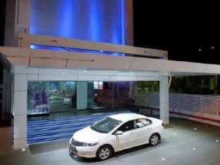 The Spring Hotel Chennai - Portico
