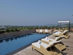 Vivanta by Taj - Panaji North Goa - Swimming Pool
