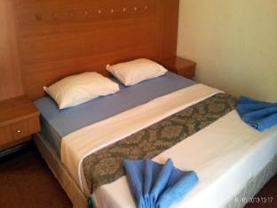 KK-Suites Residence @ Marina Court Resort Condominium Kota Kinabalu - 3 Bedroom Suites