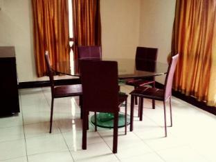 KK-Suites Residence @ Marina Court Resort Condominium Kota Kinabalu - Penthouse Dining Room