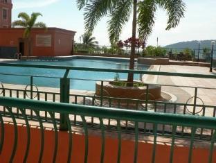 KK-Suites Residence @ Marina Court Resort Condominium Kota Kinabalu - Swimming Pool