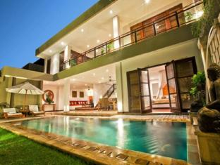 Danoya Villa Hotel Bali - 3 Bedroom Private Pool