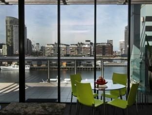 Docklands Private Collection – New Quay Melbourne - View