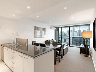 Docklands Private Collection – New Quay Melbourne - Open Plan Living