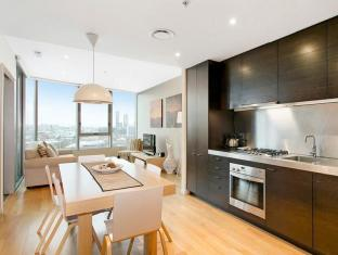 Docklands Private Collection – New Quay Melbourne - Kitchen
