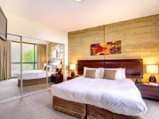 Balgownie Estate Vineyard Resort & Spa Yarra Valley - Two Bedroom Spa Suite