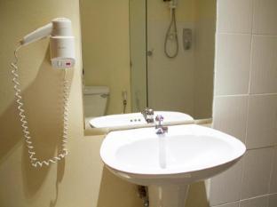 Justbeds Hotel Bangkok - Superior Bathroom