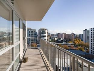 Bianco off Queen - Serviced Apartments Auckland - 2 Bedroom Super Saver - Balcony