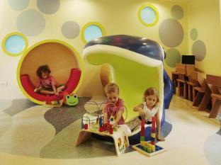 เรเนซองส์ภูเก็ต รีสอร์ทแอนด์สปา อะแมริออท ลักชัวรี่ แอนด์ ไลฟ์สไตล์ โฮเทล ภูเก็ต - คลับสำหรับเด็ก