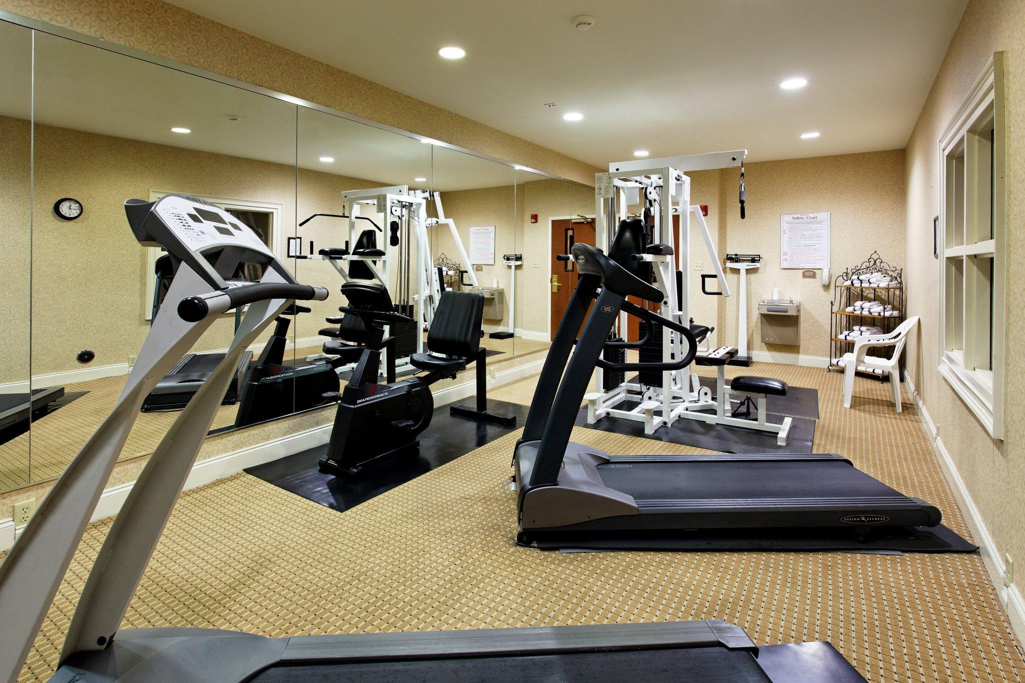 Holiday Inn Express Hotel & Suites Cullman