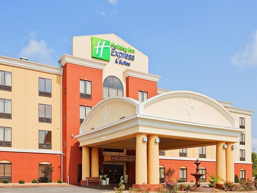 Holiday Inn Express Hotel And Suites Knoxville Clinton