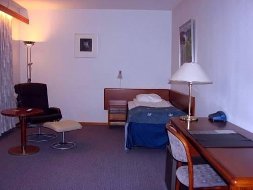 Polar Hotel