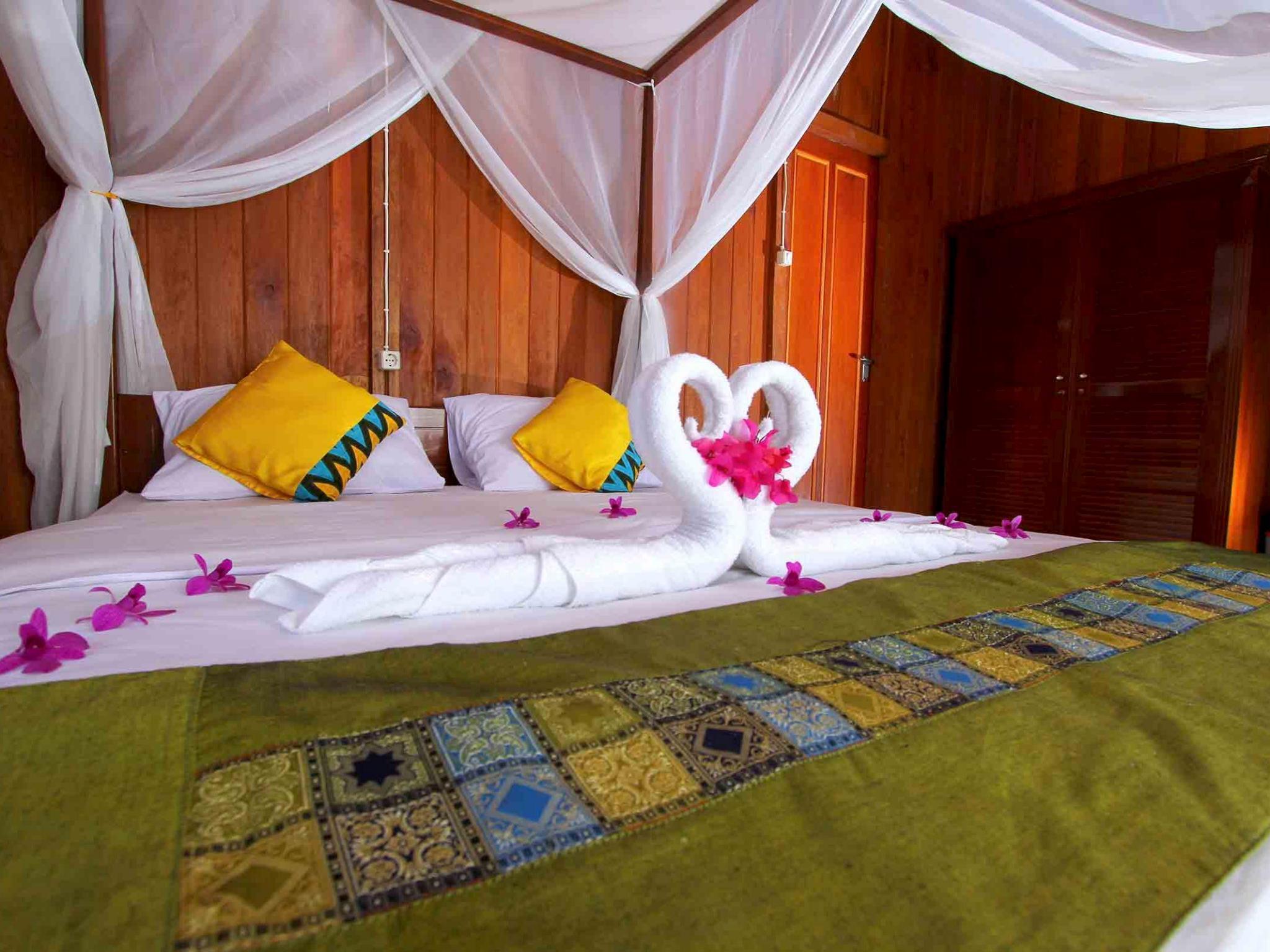 Honey Bay Resort Lembeh