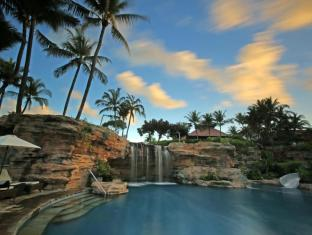 巴厘岛泛太平洋娜湾度假村 巴厘岛 - 游泳池