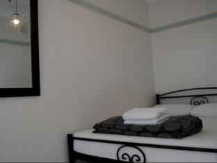 Highfield Private Hotel Sydney - Guest Room