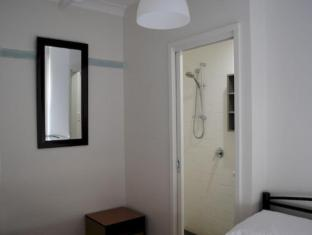 Highfield Private Hotel Sydney - Interior