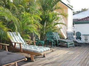 Toowong Central Motel Apartments Brisbane - Sun Beds