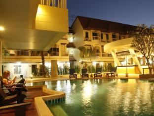 Palmyra Patong Resort फुकेत