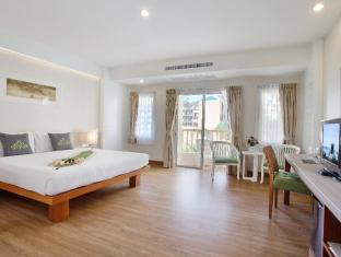 Palmyra Patong Resort Phuket - Grand Superior - Bedroom