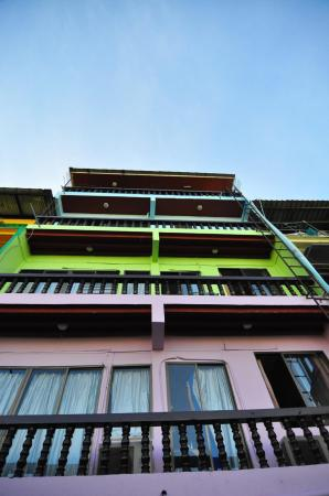 bluewhale guesthouse Pattaya