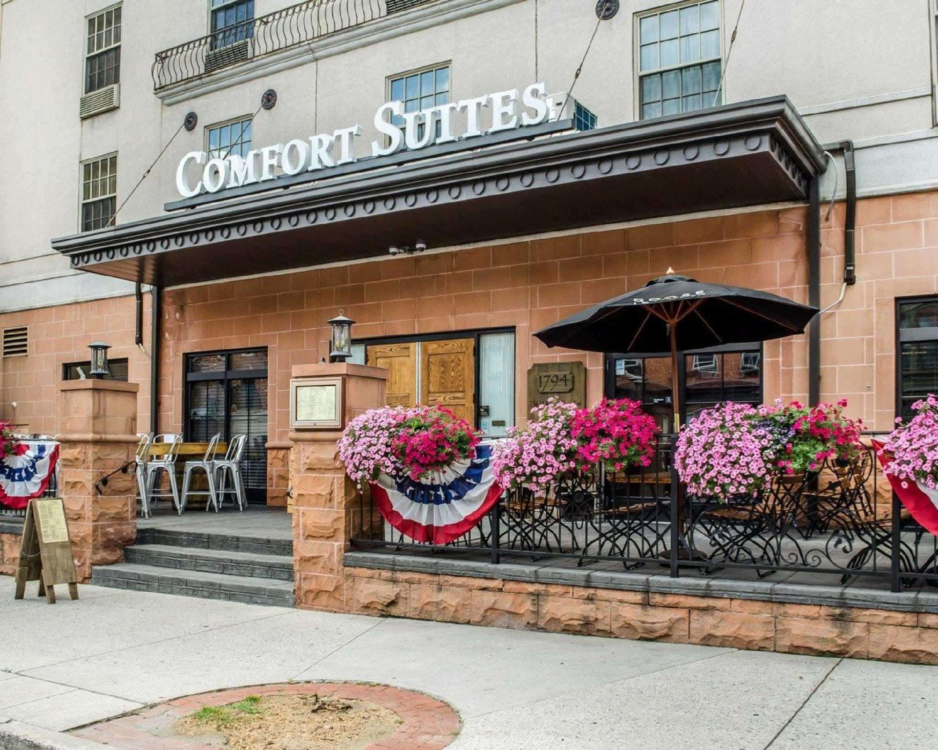 Comfort Suites Downtown Carlisle