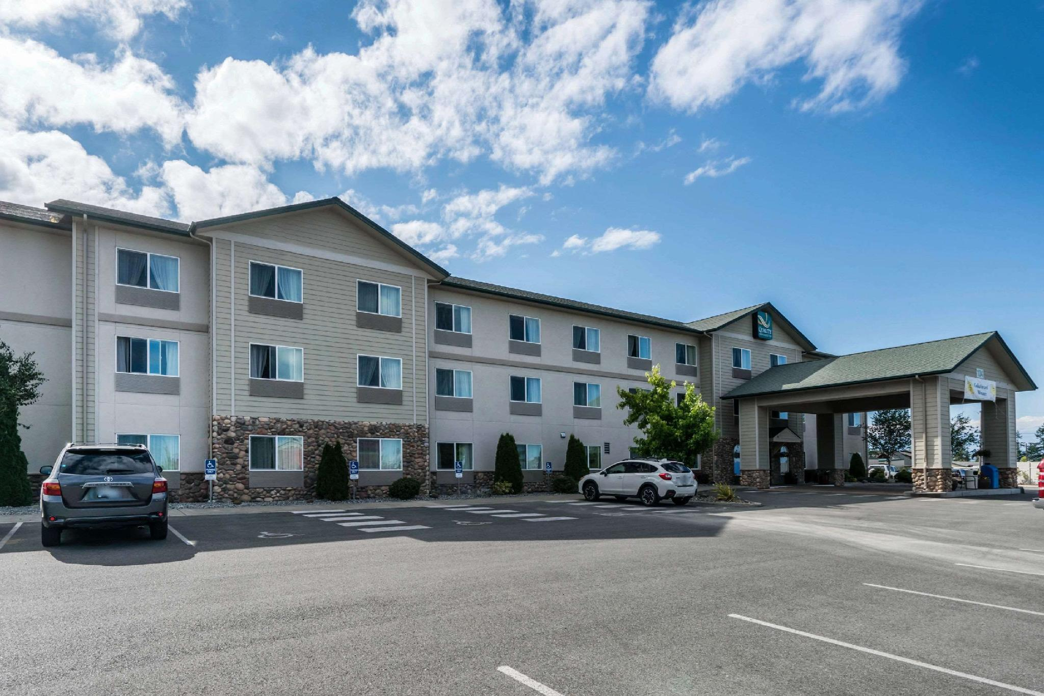 Quality Inn And Suites At Olympic National Park