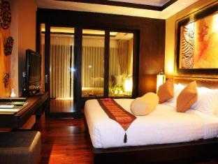 Niramaya Villa & Wellness Resort Phuket - Konuk Odası