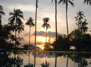 Niramaya Villa & Wellness Resort פוקט - נוף
