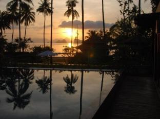 Niramaya Villa & Wellness Resort Phuket - Manzara