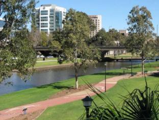 Fiori Apartments Sydney - Parramatta River