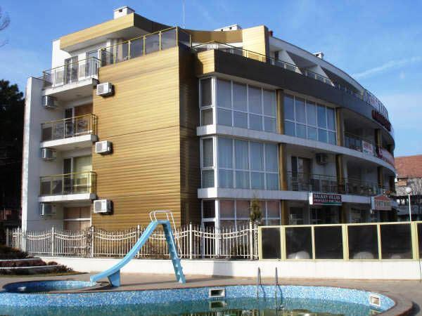 Golden Fort Apartments
