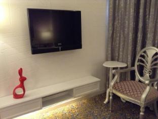 Metropole Hotel Macau - Deluxe European Style
