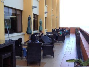 Gaya Centre Hotel Kota Kinabalu - G Cafe Outdoor