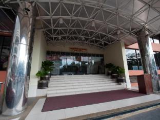 Gaya Centre Hotel Kota Kinabalu - Entrance