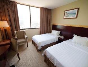Gaya Centre Hotel Kota Kinabalu - Deluxe room