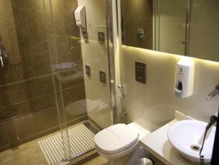 Hotel Grand Godwin New Delhi and NCR - Bathroom
