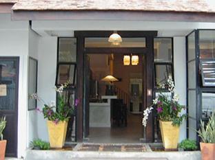 Montrara Happy House Hotel มนตรา แฮปปี้ เฮาส์