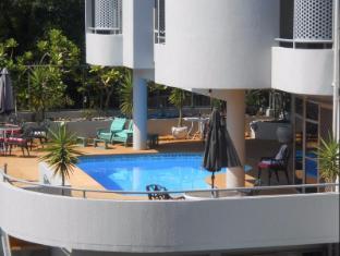 Parklane Motor Inn Takapuna Beach Auckland - Swimming Pool