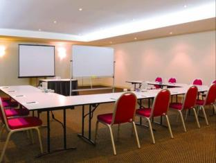 Adina Apartment Hotel Brisbane Brisbane - Meeting Room