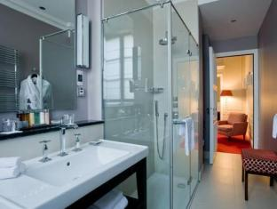 Le Burgundy Hotel Paris - Bathroom