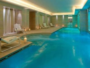 Le Burgundy Hotel Paris - Swimming Pool