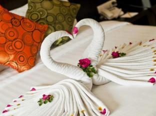APK Resort & Spa Phuket - Guest Room