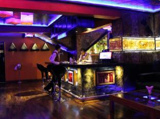 Hotel Clarion Wattala - Pharaohs cocktail and music lounge